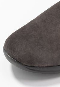 Geox - DAMIAN - Chaussures à lacets - mud - 5