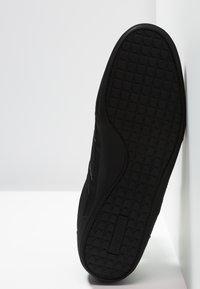 Lacoste - CHAYMON - Sneakersy niskie - black - 4