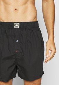 Levi's® - PREMIUM POSITIVE PLAID 2 PACK - Boxer shorts - red - 4