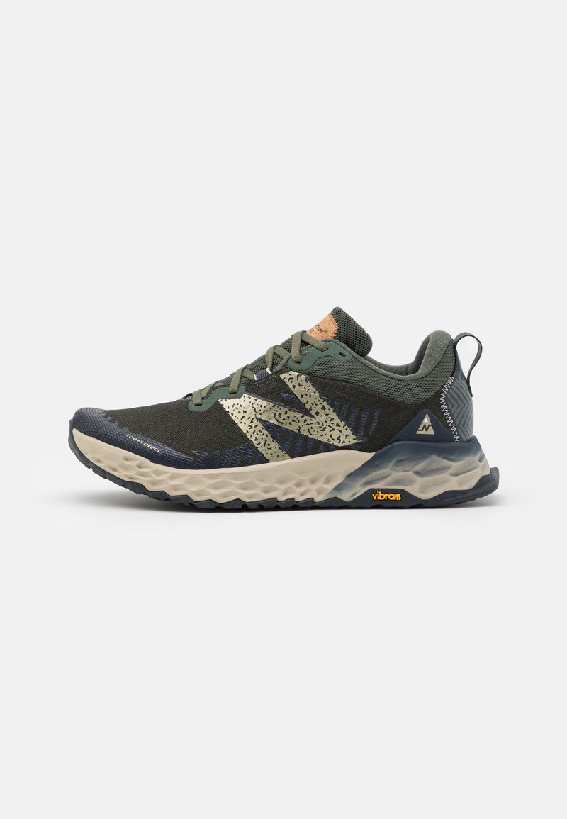 New Balance - HIERRO V6 - Trail running shoes - green