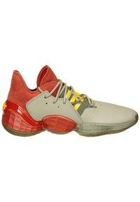 adidas Performance - HARDEN VOL. 4 BASKETBALLSCHUH HERREN - Basketball shoes - red / fear grey / legend green - 6