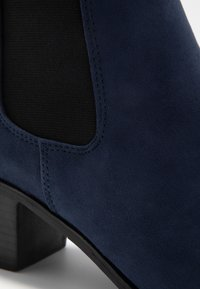 Faith Wide Fit - WIDE FIT WHELSEA - Ankle boots - navy - 2