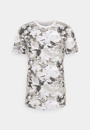 JCOBO TEE CREW NECK - T-shirt z nadrukiem - lunar rock