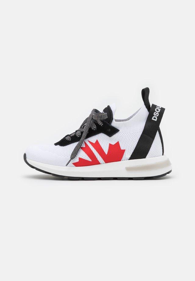 UNISEX - Sneaker low - black