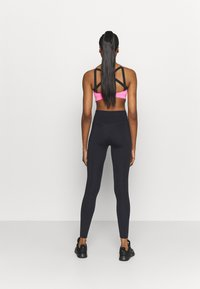 Nike Performance - ONE - Legginsy - black - 2