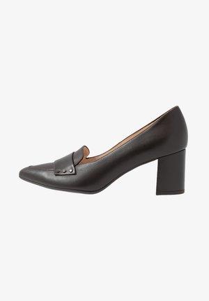 NISCHA - Klassiske pumps - dark brown