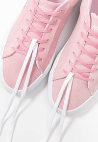 Lacoste - LEROND  - Trainers - pink/white - 7