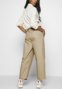 Champion Reverse Weave - LONG PANTS - Trousers - beige - 4