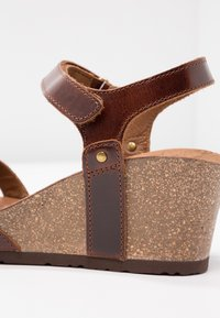 Panama Jack - JULIA CLAY - Sandalias con plataforma - dark brown - 2