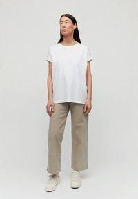 ARMEDANGELS - IDAA  - Basic T-shirt - white - 1