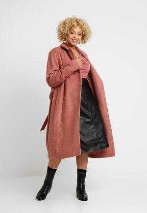 MYOLANDA  COAT - Płaszcz wełniany /Płaszcz klasyczny - cedar wood