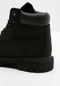 Timberland - TODDLER MONOCHROMATIC - Baby shoes - black - 5