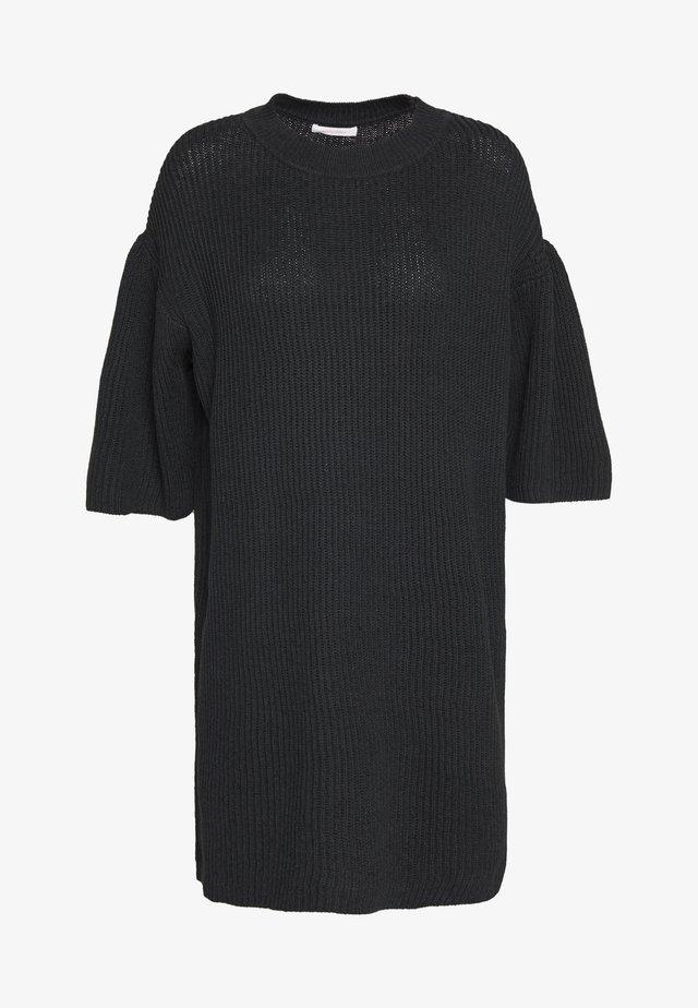 Robe pull - obsidian black