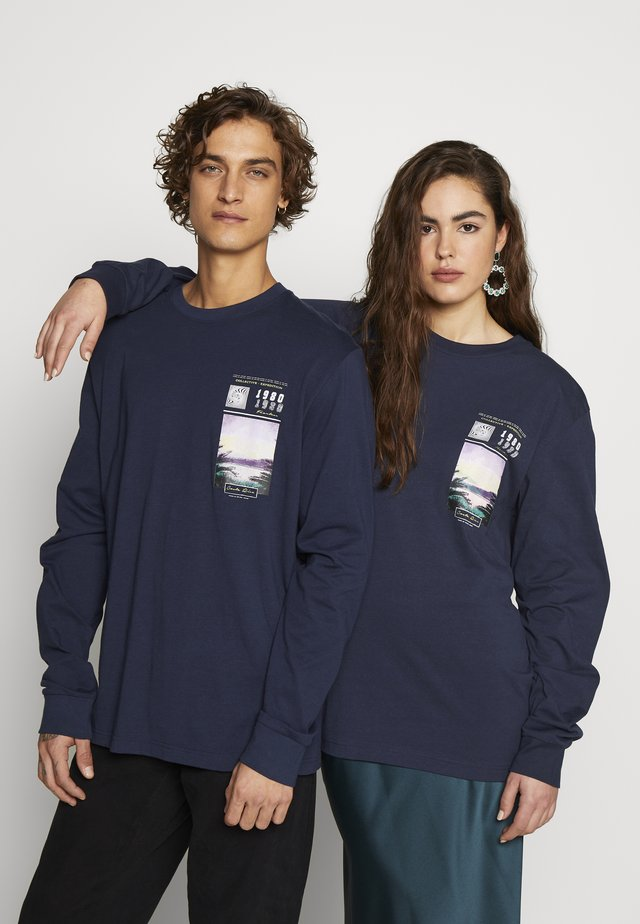 FRONT GRAPHIC LONG SLEEVE UNISEX - Maglietta a manica lunga - navy