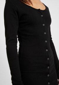 Missguided Petite - POPPER FRONT MINI DRESS 2 PACK - Fodralklänning - black/khaki - 5