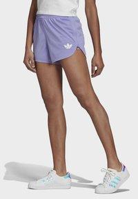 adidas Originals - Shorts - light purple - 0