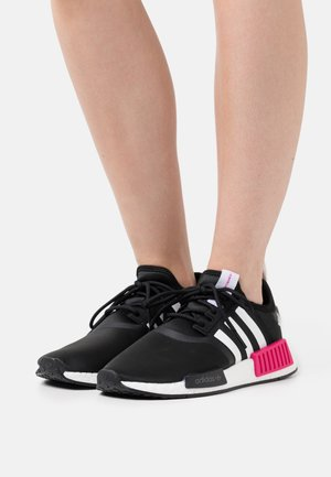NMD_R1 - Trainers - core black/team real magenta/footwear white