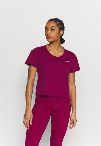 TERREX ONLYCARRY GRAPHIC - Camiseta estampada - power berry