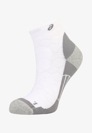 ROAD QUARTER - Chaussettes de sport - real white