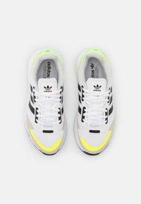 adidas Originals - ZX 1K BOOST UNISEX - Matalavartiset tennarit - footwear white/core black/solar yellow - 3