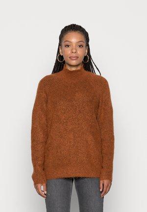YASBALIRA HIGH NECK - Jumper - bombay brown