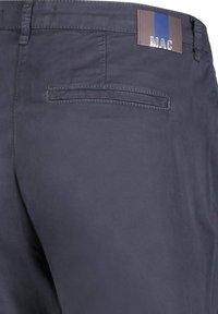 MAC Jeans - TURN UP - Chinos - marine (52) - 2