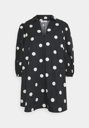 THANYA DRESS - Robe d'été - bold dot/black