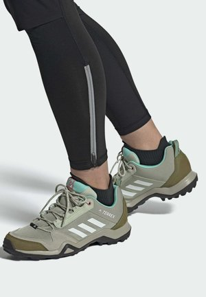 WANDERSCHUH - Hiking shoes - green