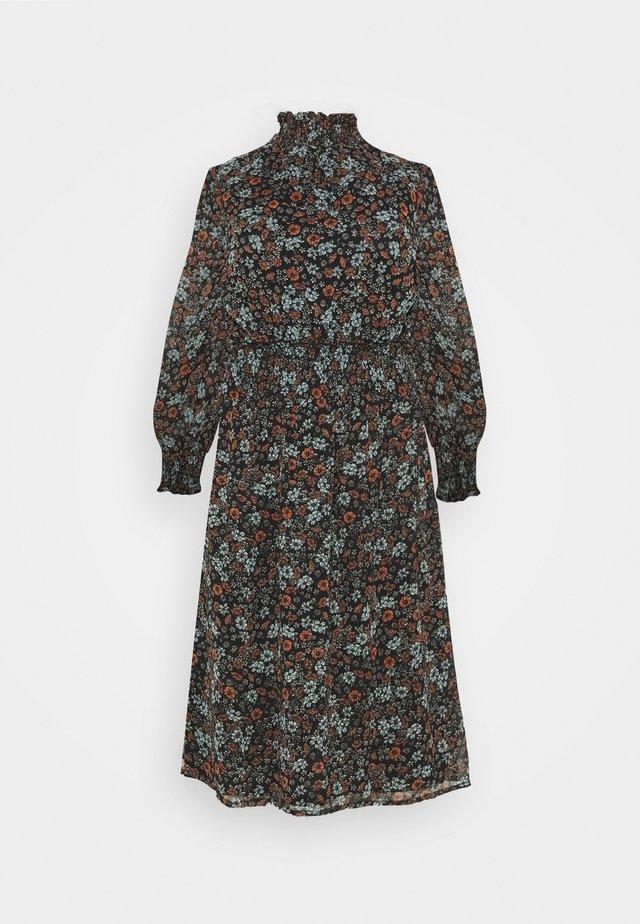 HIGH NECK SHIRRED WAIST MIDI DRESS - Denní šaty - black