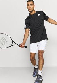 adidas Performance - ERGO SHORT - Träningsshorts - white/black - 3