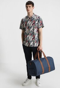 Herschel - NOVEL - Reiseveske - navy - 1
