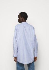 Tory Burch - STRIPE - Shirt dress - blue dusk/white - 2