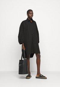 Henrik Vibskov - MOMENT DRESS - Košilové šaty - black - 1