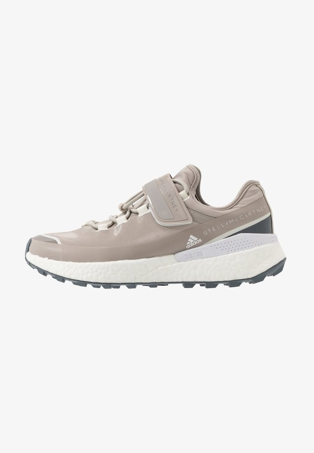 OUTDOOR BOOST - Neutral running shoes - light brown/footwear white