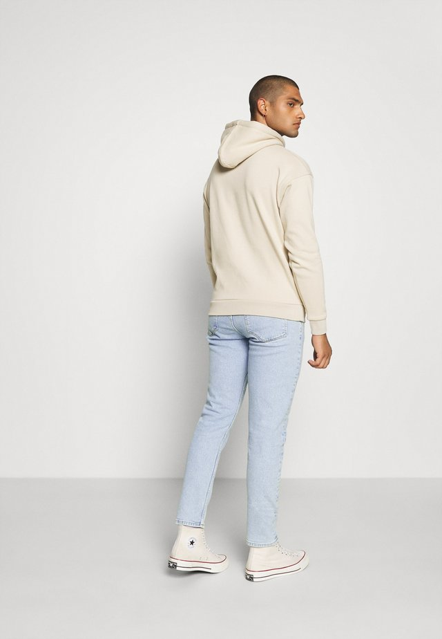 COSMO  - Jeans Tapered Fit - melting ice