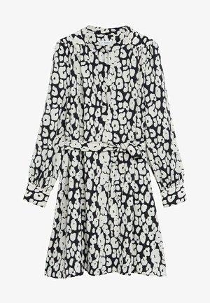 BASIC - Denní šaty - blanco roto