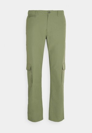 PRESTON PANT - Cargo trousers - olivine