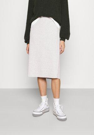 YATCASTLE - Áčková sukně - gris chine