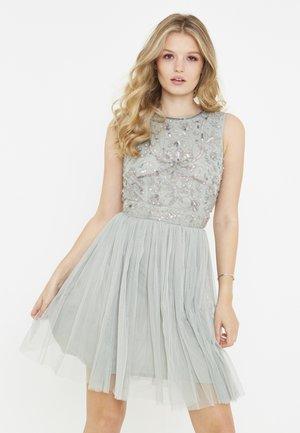 DIANA - Koktejlové šaty/ šaty na párty - sage green