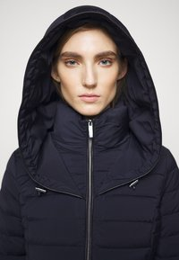 MICHAEL Michael Kors - STRETCH PACKABLE PUFFER - Dunjakke - dark navy - 4