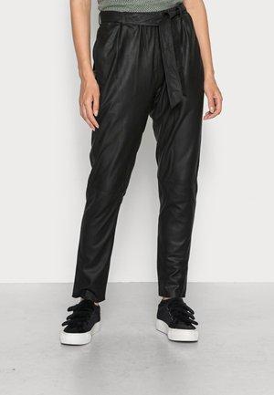 PANTS - Leren broek - black