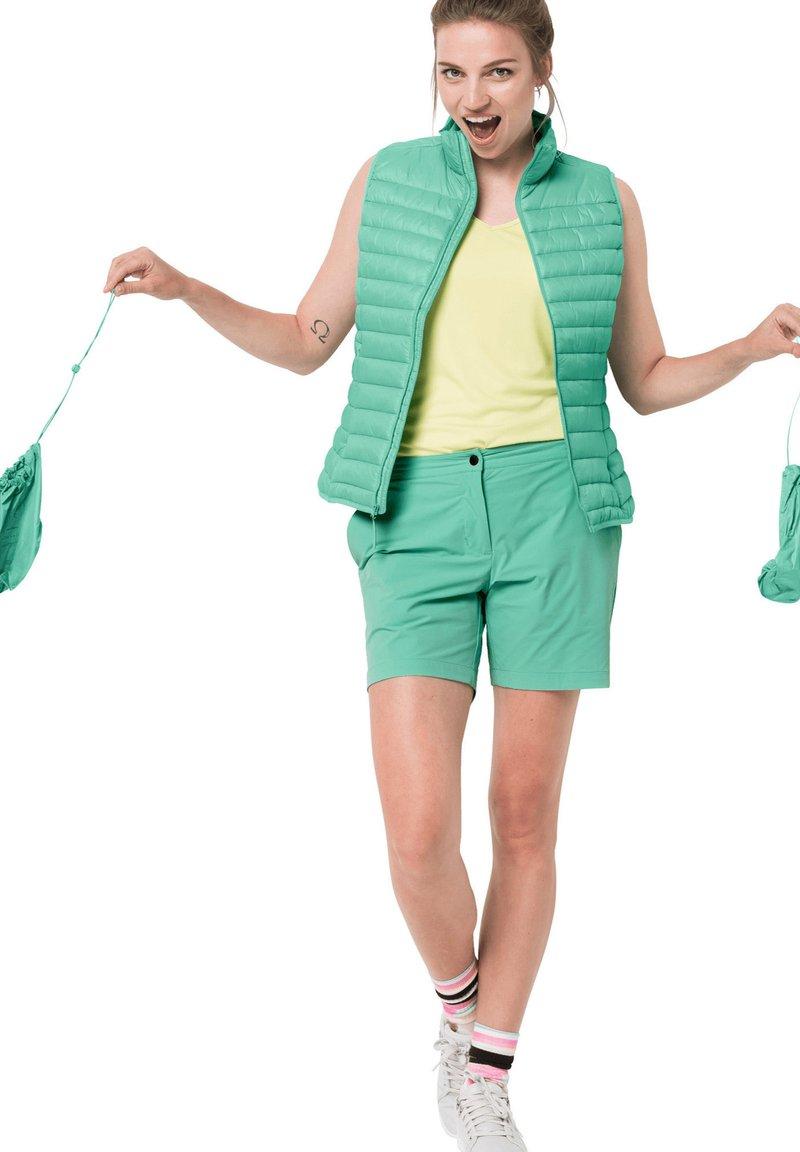 Jack Wolfskin - JWP  - Outdoor shorts - pacific green