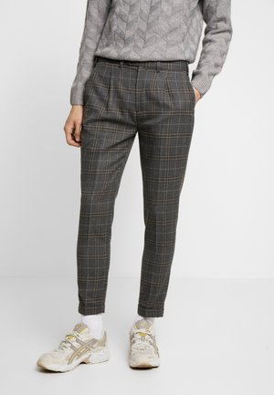 PANTALONE - Kalhoty - grigio