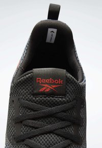 Reebok - FLASHFILM TRAIN 2  - Obuwie treningowe - black - 7