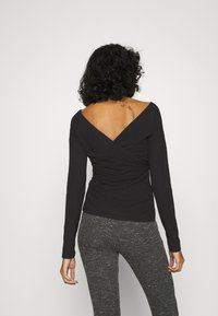 Nly by Nelly - CRISS CROSS SHOULDER - Long sleeved top - black - 2