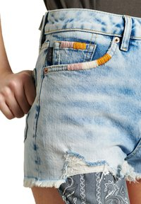 Superdry - HOT - Denim shorts - embroidery and repair - 2
