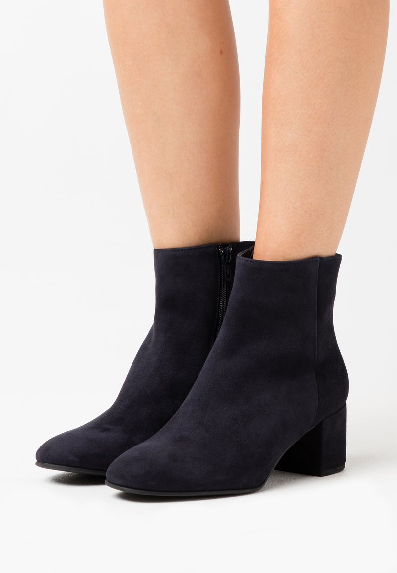 Högl - Classic ankle boots - ocean