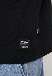 WeSC - Print T-shirt - black - 6
