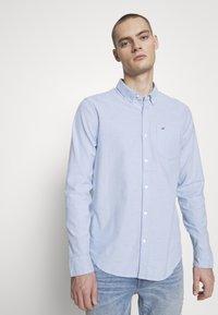 Hollister Co. - Camisa - light blue - 0