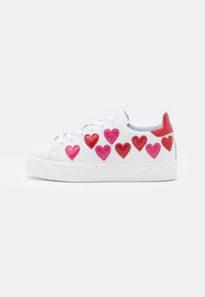 Baskets basses - bianco/rosso-fuxia